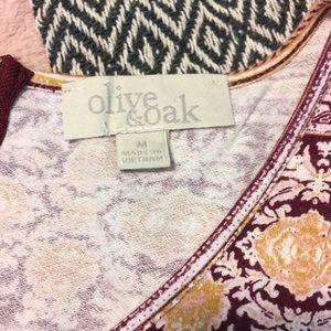 Olive & Oak Tops - Sleeveless Blouse